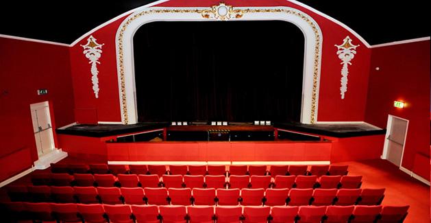 Carnegie-Theatre-install-1