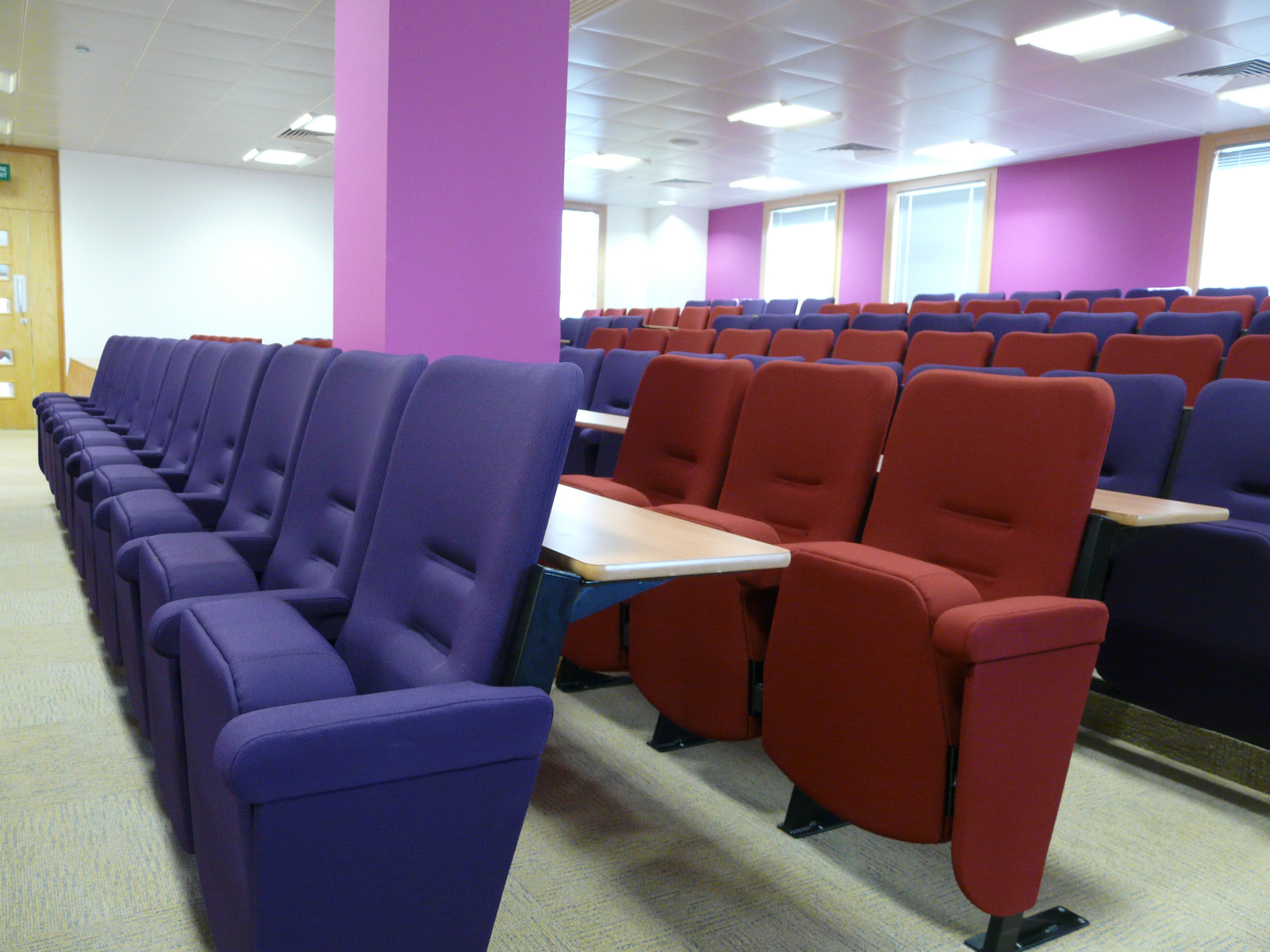 Evertaut lecture theatre seating