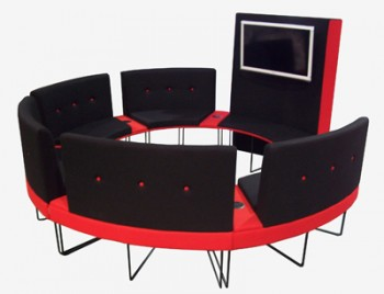 Circular seating unit for teaching a number of students in a small group