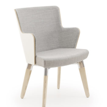 Skapa armchair with wooden legs and laminate back and arms front view